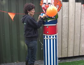 helium clown (3)